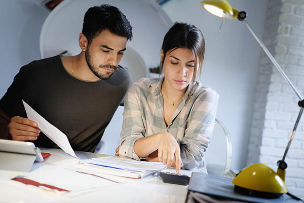 4 Tips for Budgeting as a Couple